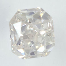 0.27 ct Diamond in Radiant Cut, I, SI1