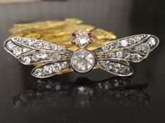 Antique gold and silver butterfly brooch with Bolshevik cut diamonds approx 3.00 ct I/SI/P
