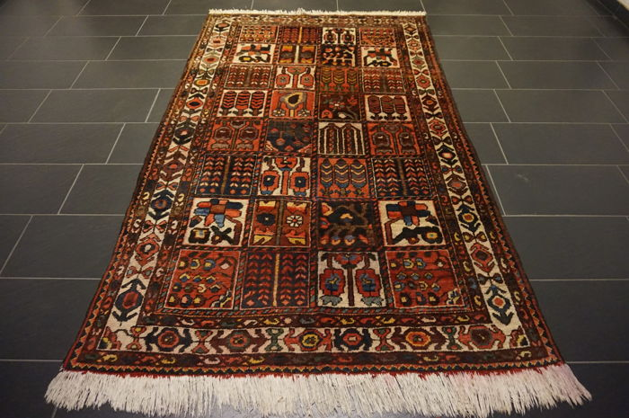Original beautiful BACHTIAR handwoven Persian carpet Bachtiary plant dyes 150 x 250 cm