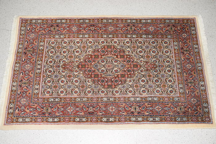 Persian rug Moud with silk - 130 x 77 cm.