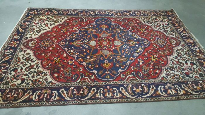 Persian rug, Bakhtiari nomads - 310 x 210 cm - with certificate of authenticity.