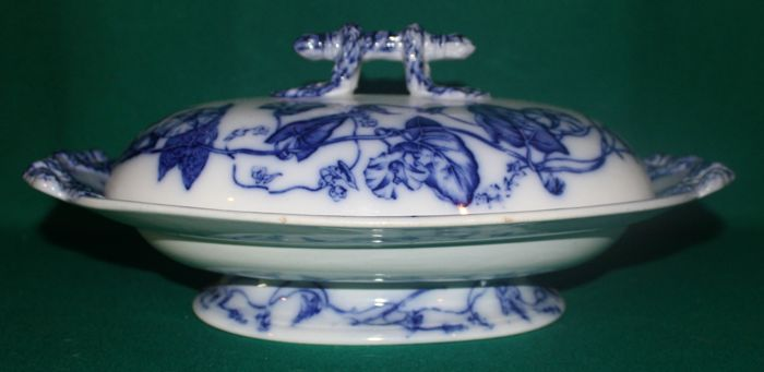 "Ashworth Tureen ""Flow Blue"""