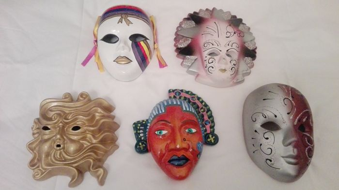 Beautiful lot of 5 ceramic masks