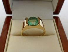 1.69 ct IGI Certified Natural Green Emerald in Ring of  14K Solid Yellow Gold  -  Ring Size: 17.5/55/7.5 (US)