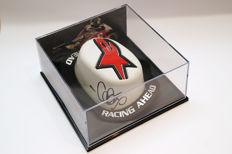 Nice knee slider – signed by Cal Crutchlow