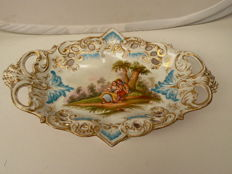 Jacob Petit, Paris - beautifully decorated antique dish