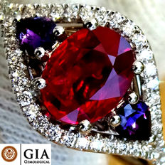 Ruby Ring Diamond And 18 kt gold UNHEATED Natural Vivid Red Gemstone 2.01 ct Size 6.5 (US) – GIA Certified – No Reserve
