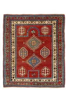 Borchalou prayer rug from Caucasus, 19th century, 129 x 111 cm.