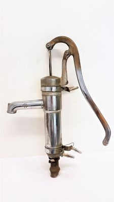 Copper water/hand pump chromed - Signed RC