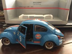 Minichamps - Scale 1/18 - Volkswagen beetle Gulf livery #9