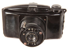 Photax, French viewfinder camera of Bakelite for roll film 6 x 9, 620 spool