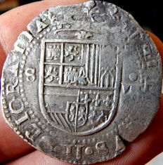 Spain – Felipe II, 1556–1598 – 8 Macuquina silver reales coined in Seville – Rare
