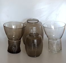 A.D. Copier - 4 ribbed vases, clear & Fumi.