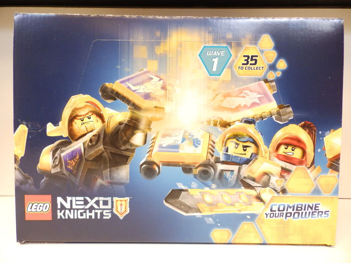 Lego 70372 Display - Nexo Knights Display met 45 zakjes