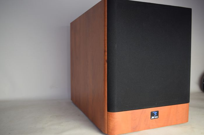 M Labs - Focal Chorus SW 700 - Active Subwoofer