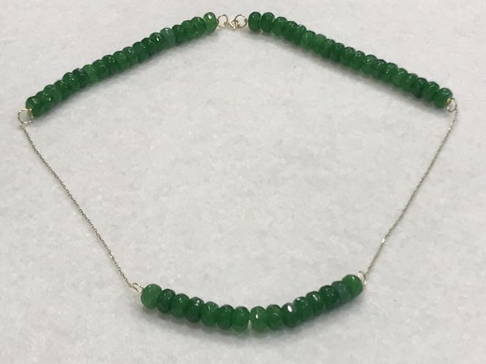 18 kt gold necklace with emeralds - Length: 49.50 cm.