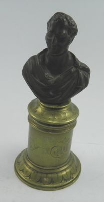 Antique patinated bronze Duke of Wellington bust & secret spill holder by L Lange - England - 19th century