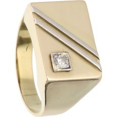 14 kt – Bi-colour yellow/white gold signet ring – diamond, approx. 0.07 ct – Ring size: 18.5 mm