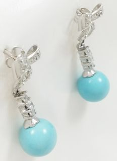 Earrins in 750/1000 (18 kt) white gold with turquoises Weight: 4.95 g