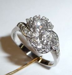 Ring made of 14kt/585 white gold with white brilliant cut diamonds approx. 0.75ct - ring size 53