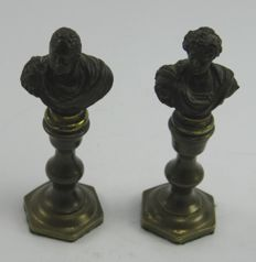 Pair of antique patinated bronze busts William IV & King George IV by L Lange - England - early 19th century