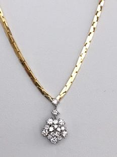 14 kt yellow gold necklace with white gold pendant, set with diamonds approx. 0.91 ct