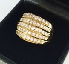 Gold ring with Diamonds, approx. 2.10 ct – Size N (UK) = 6.75 (US) = 17.1 mm (IT).