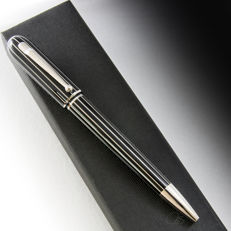 "Dunhill Sidecar ""Pinstripe"" Black Lacquered Ballpoint Pen"
