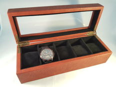 AVI-8 watch box for five watches