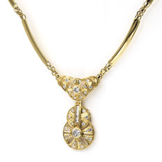18 kt (750/1000) yellow gold - Choker with pendant and lobster clasp - length 44.50cm.