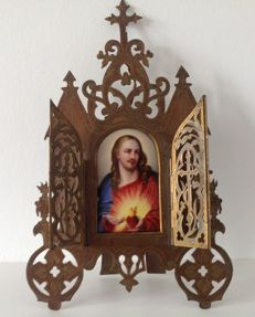 Triptych - copper with a medallion in painted porcelain - France - 19th century.