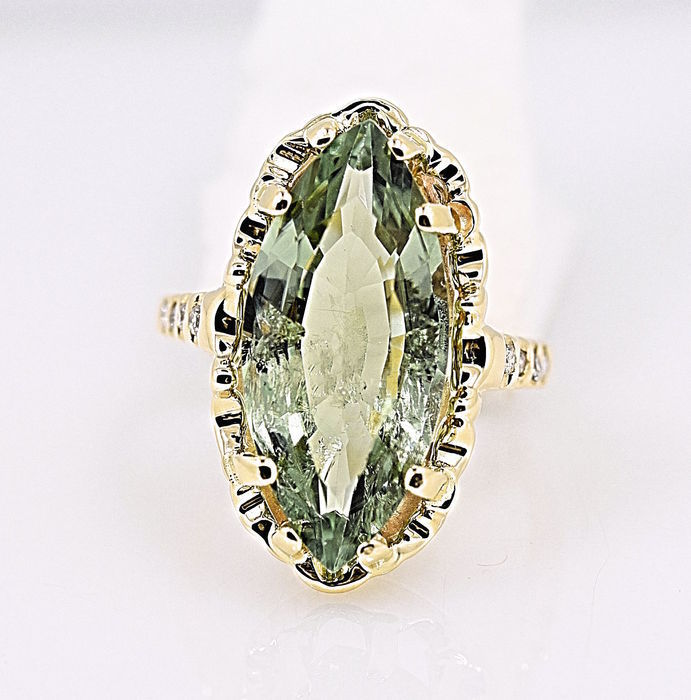 14 kt yellow gold 8 diamonds and tourmaline 5.-60 ct - size: 9.5.