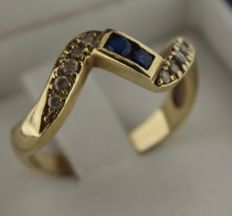 14K Gold ring inlaid with zirconia – Ring size: