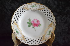 Meissen open worked plate - Red rose