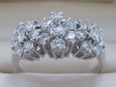 Certified gold ring with diamonds - 1.02 ct in total - Ring size:  16.97 mm **No Reserve**