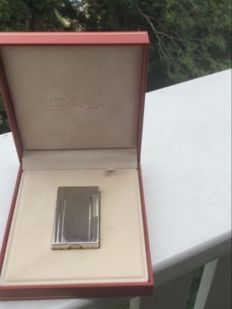 Silverplated Dupont lighter model 1992 'Gatsby' (5,5 cm)