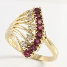 Estate 14kt Yellow Gold Ring  Set with Diamonds and Rhodolite
