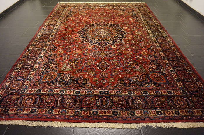 Old hand-knotted Art Nouveau Persian palace carpet – Mashhad – 248X352cm – made in Iran – signed 'by master knotter'