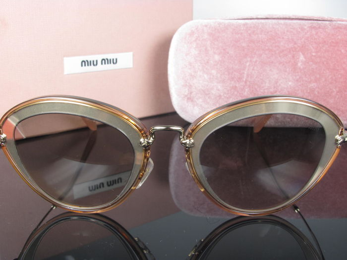 Miu Miu – sunglasses – women's