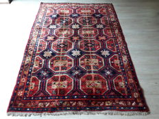 Very Beautiful Hand-knotted Persian -  203m x 137cm