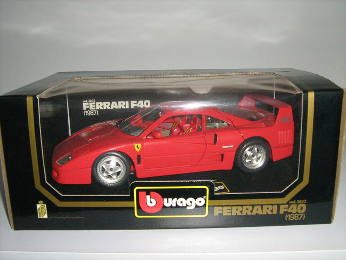 Bburago / Polistil / Jouef - Scale 1/18 - Lot with 5 Ferrari cars