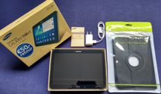 Samsung Galaxy Tab3 GT-P5210 10.1 inch tablet complete in box with Samsung charger and unused cover