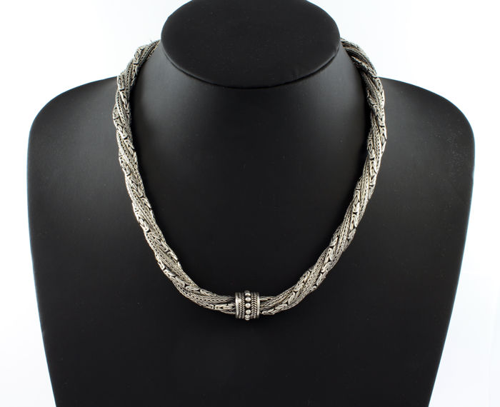 Necklace with four braided chains, two in the Byzantine style and two serpent style. Made with 925/1000 sterling silver