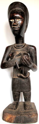 Magnificent large Maternity 'Phemba' female figure  – Yombe – D.R.C.