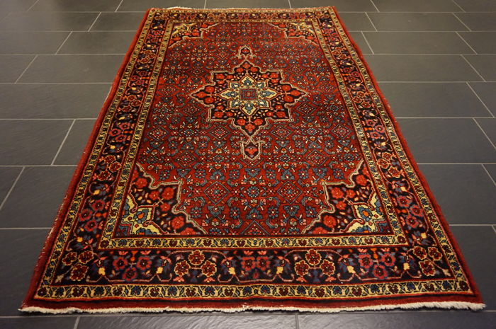 Semi-antique -Persian carpet- -old patina Bidjar- -made in Iran- -plant dyes- -135X220 cm-