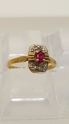 18 kt Yellow and White Gold ring with Ruby - size 51