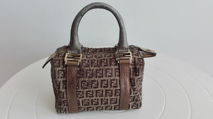 f826a81de6ce Fendi - Limited edition handbag -  No Reserve Price  - Catawiki