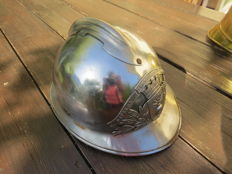 Firefighter helmet sapeurs pompiers de France, year 1933.