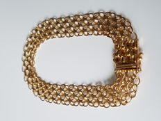 Elegant 18 kt gold bracelet from Sweden