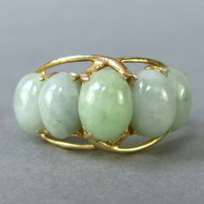 Vintage 14K gold natural untreated Jadeite ring, marked SANUK ca. 1950's from Thailand